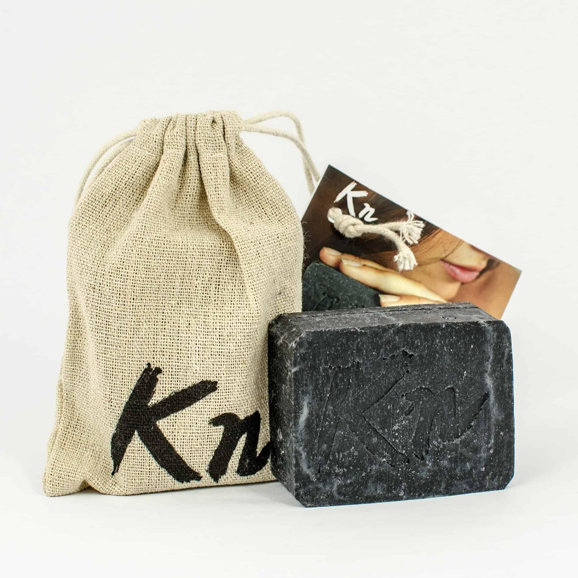 schwarze Kn Seife mit Aktivkohle für tägliche Hautpflege