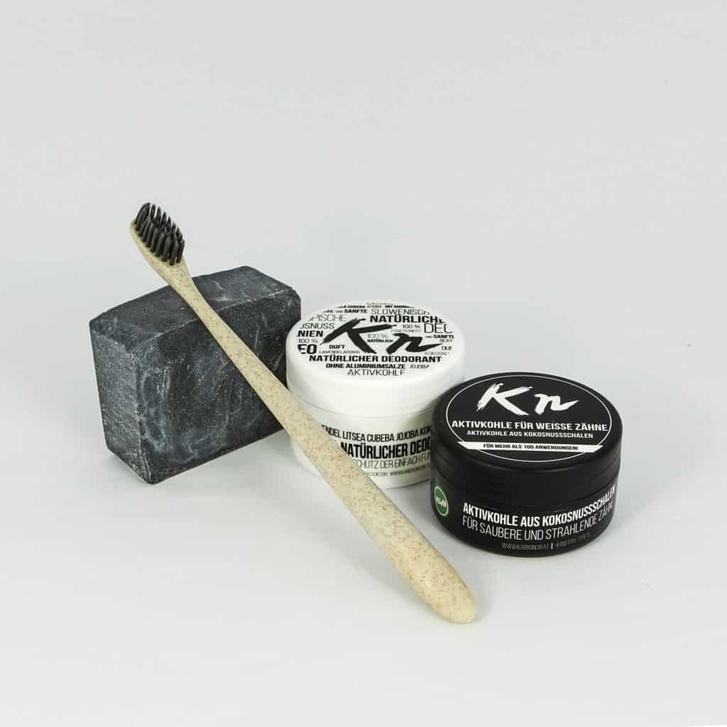 Testpaket Karbonoir mit Aktivkohle, schwarzer Seife, Deo ohne Aluminium und Zahnbürste