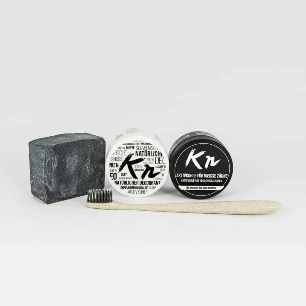 Testpaket Karbonoir mit Aktivkohle, schwarzer Seife, Deo und Zahnbürste