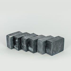 Schwarze Seife Paket
